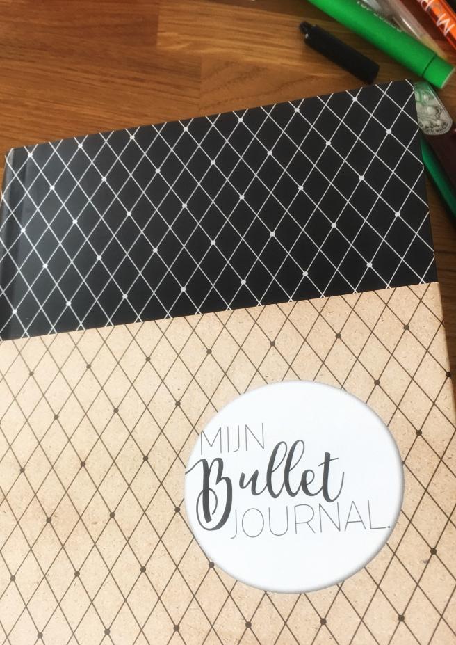 Hier is ie dan, mijn eigen bullet journal!